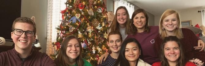 PDS students around christmas tree